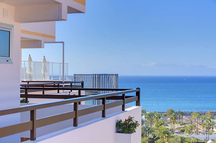 WHERE TO STAY IN TENERIFE. HOTELS IN TENERIFE Coral Hotels