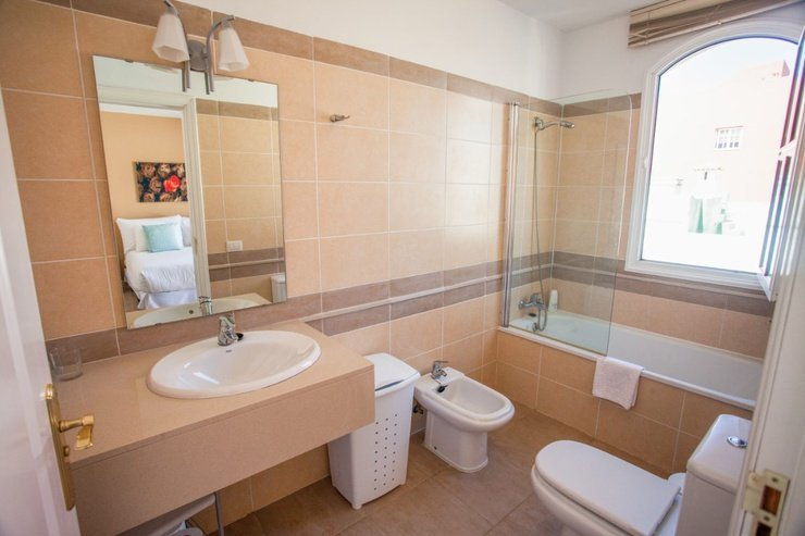 2 bedroom apartment (2-4 persons) coral los silos hotel