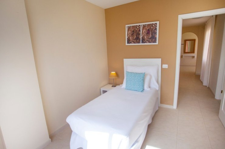 ​2 bedroom apartment with sea view (2-4 persons) coral los silos hotel