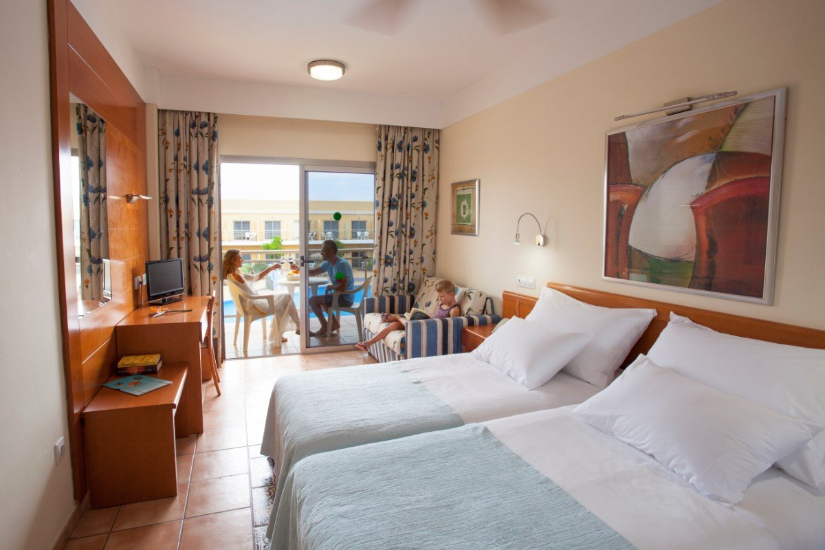 EXTRA COMFORT PLUS POOL VIEW ROOMS WITH AIRPORT TRANSFER INCLUDED